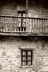 (aka Jon Spence) Tags: window spain village balcony pueblo cantabria barcenamayor