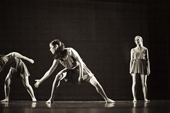 -¬arna_bee_photography_nebula_dress_rehearsal__68
