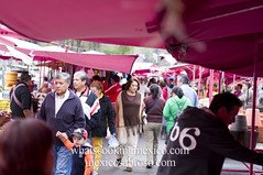 "Walking through the tianguis<br /><span style=""font-size:0.8em;"">Read more about it here:<br /><a href=""http://whatscookingmexico.com/2012/01/30/market-monday-sullivan-tianguis-a-photoset/"" rel=""nofollow"">whatscookingmexico.com/2012/01/30/market-monday-sullivan-...</a></span> • <a style=""font-size:0.8em;"" href=""http://www.flickr.com/photos/7515640@N06/6789292905/"" target=""_blank"">View on Flickr</a>"