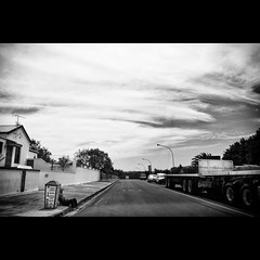 On the road - #130 (Marckovitch) Tags: road street blackandwhite bw blancoynegro monochrome southafrica noiretblanc ontheroad afriquedusud canonef24mmf28 canoneos5dmarkii canoneos5dmark2 silverefexpro2