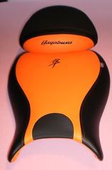 Asiento de moto tapizado con letras (Tapizados y gel para asientos de moto) Tags: moto letras asiento estampar tapizado