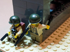 Lego Assault (Kralcman) Tags: lego wwii worldwarii ww2 americans minifigs brickarms legosoldiers
