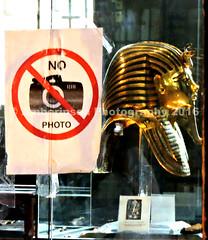 No Photography of the Golden Mask of Tutankhamun (Amberinsea Photography) Tags: egypt cairo tutankhamen nophotography tutankhamun cairomuseum amberinseaphotography goldenmaskoftut tutsgoldenmask
