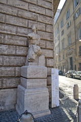 "Pasquino • <a style=""font-size:0.8em;"" href=""http://www.flickr.com/photos/89679026@N00/6478811751/"" target=""_blank"">View on Flickr</a>"