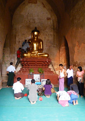 Buddhist temple in Bagan, Myanmar / Burma (sensaos) Tags: travel people art religious temple pagoda worship asia image buddha burma buddhist religion praying picture myanmar birma pagan bagan azie azi birmese 2011 sensaos