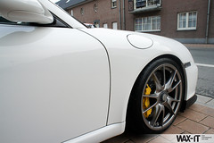 DSC05641 (Wax-it.be) Tags: pictures new white detail shiny shoot photos pics details porsche looks brakes mk2 gloss wax protection perfection mkii detailing gt3 997 pccb facelift 9972 swissvax