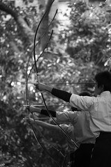 Japanese archery (hugo benichi) Tags: blackandwhite japan tokyo minolta beercan universityoftokyo  todai toudai bunkyoku  70210mmf4 a900 minoltabeercan minolta70210mmf4 alpha900 toukyodaigkau bw