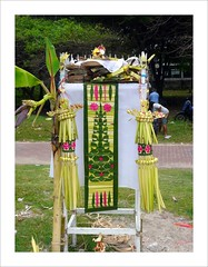 Special table for offerings . (Franc Le Blanc .) Tags: bali beach indonesia lumix asia ceremony panasonic hindu pantai kuta cremation palmleafart