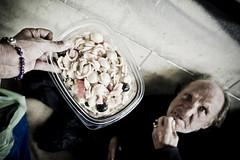 [il pi bel giorno della mia vita] (Luca Napoli [lucanapoli.altervista.org]) Tags: reportage streetreportage nx100 lucanapoli samsungnx100 12oggetti storiedure ilpastofreddo chevalelapenaraccontare