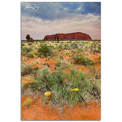 Good morning Uluru (alonsodr) Tags: paisajes sunrise landscapes sony australia filter uluru alpha alonso graduated northernterritory ayersrock carlzeiss filtro degradado a900 alonsodr gnd8 alonsodaz alpha900 cz1635mm