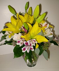 "#21ED $65 Lovely Lilies • <a style=""font-size:0.8em;"" href=""http://www.flickr.com/photos/39372067@N08/6739764171/"" target=""_blank"">View on Flickr</a>"