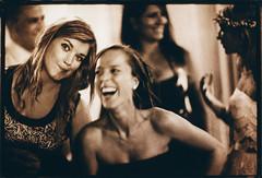 The bride's friends- fotografía de boda de Edward Olive - fotos para novios que saben diferenciar