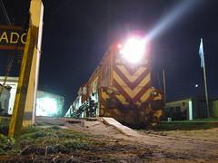 Fepsa nocturno... (FdelaFuente - Fotografía Aeronáutica) Tags: 6600 bragado 6616 gr12 fepsa
