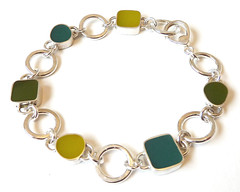 Green stepping stones bracelet (Rebecca Geoffrey) Tags: contemporary jewelry bracelet metalwork resin gemstone sterlingsilver rebeccageoffrey