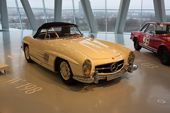 Mercedes-Benz SL W198 Roadster 1957-1963 (Andy_BB) Tags: mercedesbenz sl roadster auto car coche voiture  automvil bagnole macchina automobile vehicle    coches  classic vintage oldtimer vieux tacot voitureancienne   loych cochedepoca veteran old antique voituresanciennes mercedes mercedesbenzmuseum automercedesslw198