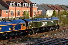 66737 66779 0Z66 Church Fenton (British Rail 1980s and 1990s) Tags: train rail railway loco locomotive diesel station 0z66 66 class66 gbrf europorte livery br green er easternregion 66737 66779 liveried traction railways trains
