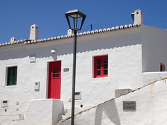 Village de Pedralva Blanc rouge vert (JMVerco) Tags: portugal architecture architettura algrave coth coth5 sailsevenseas