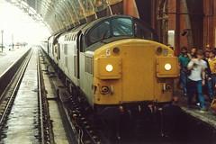 37 058 & 37 066, St Pancras, 21-05-89 (afc45014) Tags: stpancras class37 37066 37058 intercitydieselday
