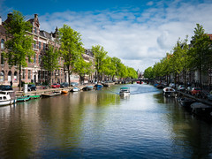 Amsterdam Canal View (Simon Neutert) Tags: travel sky holland simon water netherlands amsterdam clouds river canal view cloudy side may nederland bluesky roadtrip unterwegs mai netherland reise pfingsten g7 sebbo g70 neutert simonneutert