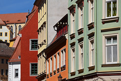 Fassadenmix (niedersachsenfoto) Tags: wand perspektive innenstadt hauswand fassaden meisen niedersachsenfoto fassadenblick