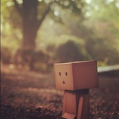 Today, I'm sad (Paint Sripitak) Tags: tree robot sad