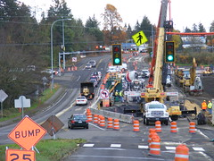 Drivers and construction crews share the road on St. Johns Blvd. (WSDOT) Tags: stjohns hs culvert sr500
