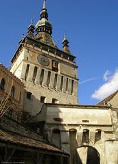 The Clock Tower (*skiagraphia) Tags: gate citadel clocktower romania transylvania transilvania erdély sighișoara ardeal siebenbürgen segesvár stundturm schäsburg