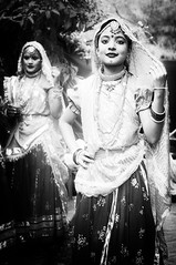 Ghoonghat ! - The Veil of North India (Anoop Negi) Tags: show girls portrait india girl fashion photography for photo dance media dress image photos delhi indian traditional bangalore goa creative culture style images best po chic mumbai ethnic anoop stylish panjim negi panaji photosof ezee123 imagesof jjournalism