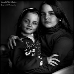 Piccole Donne  - Little Women (.Luigi Mirto/ArchiMlFotoWord) Tags: pictures leica light portrait people bw holiday eye girl photoshop 50mm eyes nikon bravo italia colore foto arte adams expression quality fineart dramatic apo hasselblad 90mm ritratto ilford asph bianconero leicam7 manfrotto spontaneous planar d