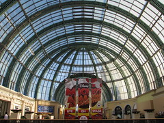 Dubai - At the Mall (Been Around) Tags: mall march dubai travellers uae shoppingmall emirate unitedarabemirates vae arabien 2011 einkaufszentrum vereinigtearabischeemirate malloftheemirates dubayy miratsarabesunis concordians thisphotorocks worldtrekker