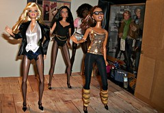 Back to Work (Dia 777) Tags: dancers goddess ken barbie artsy mackie desiree practice fashionista picnik alvinailey pivotal mbili barbiebasics kenfashionista artsyfashionista hottiefashionista modelno4 barbiebasicscollection20 barbie3jonathanadler