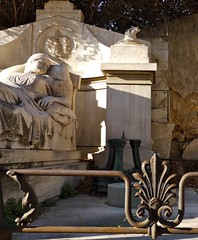 Le premier cimetire d'Athnes, Grce: spulture de Georges Stamgoltsi (Marie-Hlne Cingal) Tags: cemetery grave tomb athens greece grce picnik tombe cimetire athnes  athna elldha hells     athnai georgesstaboltzi