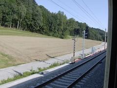 ÖBB Vorsignal und Hauptsignal (Helogat) Tags: eisenbahn zug signal passau gleis halt wels bahnstrecke vorsignal hauptsignal geschwindigkeitsanzeiger