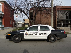 2011 Ford Interceptor (Emergency Vehicle Photography) Tags: ontario canada ford hamilton police interceptor