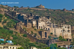 1156 FORT DE TARAGARTH A  BUNDI (jean pierre floch) Tags: india temple tajmahal palais pushkar rajasthan forteresse inde mosqué templee