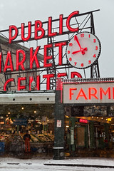 Seattle's Pike Place Market in a Rare Snowstorm (Lee Rentz) Tags: seattle city winter snow cold clock weather sign retail washington store downtown neon northwest farmersmarket market snowy bad business pacificnorthwest northamerica chilly snowing produce pikeplacemarket washingtonstate snowfall frigid groceries wintery wintry publicmarketcenter themarket firstandpike thesoulofseattle