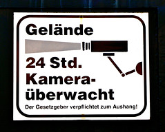 VW 3 (cmdpirx) Tags: sign warning george video cops hamburg cop 1984 orwell hh shield polizei kamera bnd stasi berwachung privat kontrolle warnzeichen videoberwachung polizeistaat intim sphre schergen