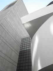 Guggenheim (Mixtapes101) Tags: newyork museum franklloydwright guggenheim flw parkavenue separation