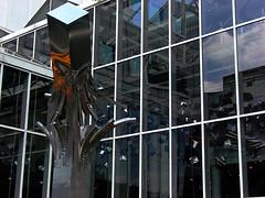 Burst Of Joy (phillytrax) Tags: city urban sculpture usa philadelphia america downtown unitedstates pennsylvania centercity pa philly marketstreet marketeast thegallery cityofbrotherlylove haroldkimmelman