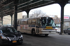 IMG_8265 (GojiMet86) Tags: street new york city nyc bus buses subway broadway shuttle mta 1998 rts 31 31st 4913 t80206