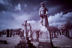 Hannah (*Richard Cooper *) Tags: red ir graves fujifilm infra gravestones xa1