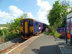 153318 & 150261 Lelant (2) (Marky7890) Tags: station train cornwall railway gwr sprinter dmu lelant class153 fgw class150 stivesbayline 153318 150261 2a34