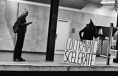 DSCF1675 (sergedignazio) Tags: street paris france photography fuji photographie rue slogan quai homme rer x100s