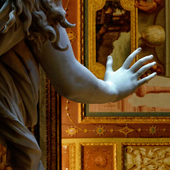 Hands up / Su le mani (Giorgio Ghezzi) Tags: statue ceiling marble bernini statua marmo soffitto borghesegallery galleriaborghese giorgioghezzi