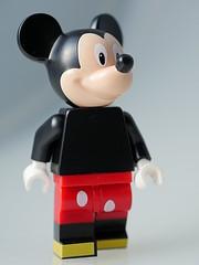 71012 Mickey Mouse (aktuaroslo) Tags: mouse lego disney mickey 71012 collectableminifigures