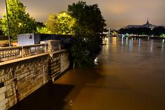 Crue de la Seine 2016 - Paris, berges rives gauche (EclairagePublic.eu) Tags: paris seine flooding eau flood lumire berge quai inondation lampadaire naturelle catastrophe crue luminaire candlabre
