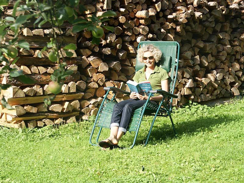 Kirschblütenhof - Lesen im Garten