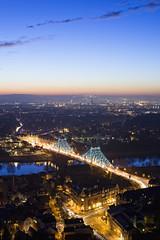 (Alt_Gr *slowly getting back* www.nilseisfeld.de) Tags: blue river germany deutschland dresden hour brcke elbe brigde blaue blaues wunder stunde gettygermanyq4