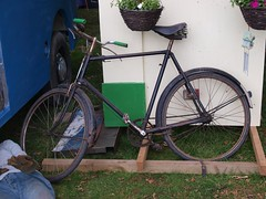 Old Gents Bicycles (imagetaker!) Tags: bicycles rides recycle 自行车 自行車 oldbikes pedalpower pushbikes classicbikes oldbicycles twowheelers oldcycles peterbarker onyerbike classicbicycles bicyclephotos transportimages 週期 imagetaker1 petebarker imagetaker classiccycles 循环 bicycleimages pushcycles imagesofbicycles picturesofbicycles bicyclesforpeople oldgentsbicycles 兩個輪子 推自行車