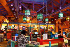 WDW Oct 2011 - Shopping at Island Mercantile